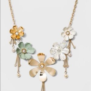 Flowers and Glitzy Bars Short Necklace - A New Day